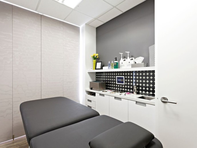 WAXON Treatment Room